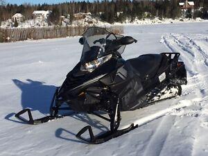 YAMAHA VIPER 2015 -- NOIR -- GARANTIE NOV, 2017 Saguenay Saguenay-Lac-Saint-Jean image 1