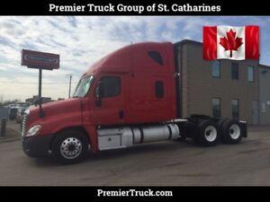 2012 Freightliner Cascadia Delaer certified - APU unit