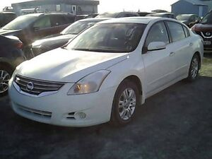 2012 Nissan Altima S with Sunroof and Leather Bluetooth