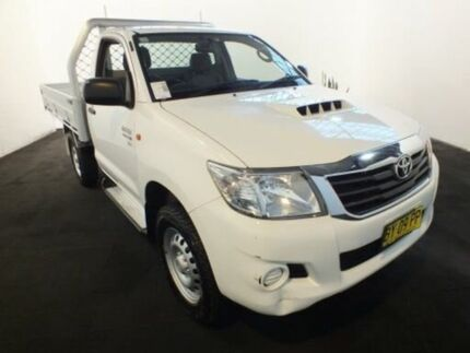 2014 Toyota Hilux KUN26R MY14 SR (4x4) Glacier White 5 Speed Automatic Cab Chassis