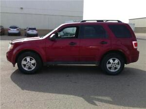 2011 Ford Escape XLT ALL CREDIT APPROVED! COME BY TODAY! Edmonton Edmonton Area image 2