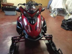 2010 Yamaha Vector Snowmobile for sale