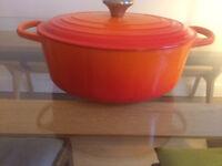 Le Creuset Oval Casserole Dish - Unused - Perfect Condition - 29cm - classic Orange (Volcano)