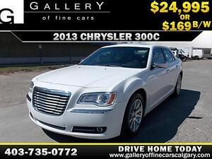 2013 Chrysler 300C HEMI V8 $169 bi-weekly APPLY NOW DRIVE NOW