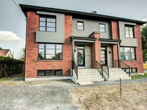 New construction house in Brossard 2100$