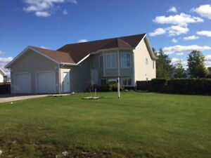 ***SOLD*** BY ROYAL LEPAGE - 15 Martin Crescent