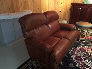 Sofa inclinable à vendre!