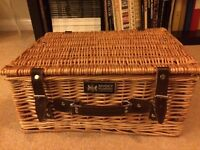 Regency Hampers Cheltenham Spa hamper basket