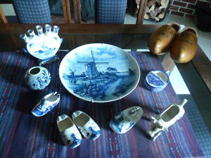 Collection of Delft Blue items