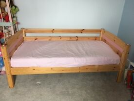 Thuka Shorty bed (or midsleeper)