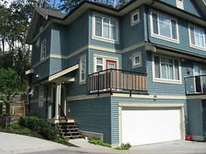 Executive Town House For Rent (6635-192nd Street, Langley)