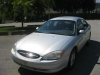 2000 Ford Taurus ONLY 120000 km!