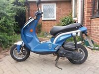 Peugeot ludix 50cc scooter moped