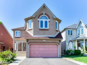 Bright & Spacious 4 Bedrooms Truly An Exceptional Home !