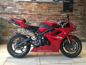 2011 Triumph Daytona 675 - Red