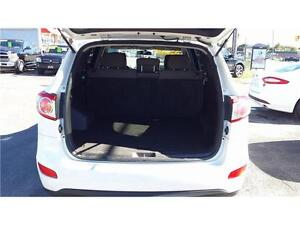 2011 Hyundai Sante Fe GAURANTEED FINANCING Kingston Kingston Area image 7