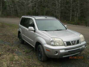 Parting Out 2005 Nissan XTrail 5 Speed Manual