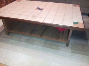Coffee table and square sofa stand