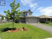 Dalewood Meadows! Very family friendly 2 Storey Home!