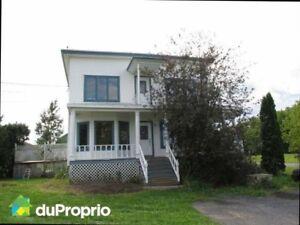 Marieville 2 cottages jumelés (duplex) 1 maison Libre JUILLET