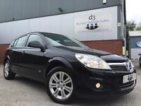 2010/10 Vauxhall Astra 1.7CDTi 16v Design ecoFLEX TURBO DIESEL Black £30 TAX