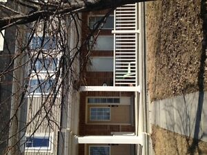 Townhouse for rent June 1 - Fairwinds Community - Kanata