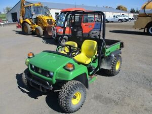 John Deere Gator TS at Auction