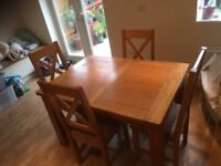 Extending Oak Dinning Table & Chairs For Sale