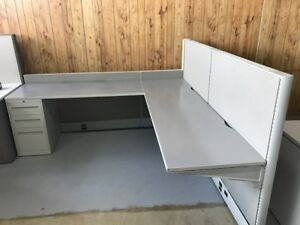 CUBICLES, Global Bulevard 7x7 used in graet condition only $450.