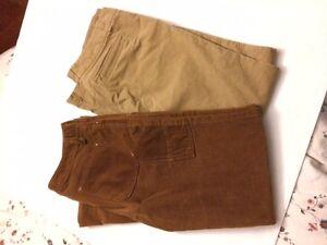 Pantalon en velours tommy hilfiger et Gap - prix réduit