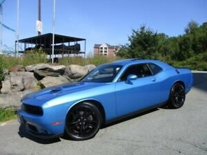 2016 Dodge Challenger SXT BLACKTOP V6 (SUPER TRACK PACK, HEATED/