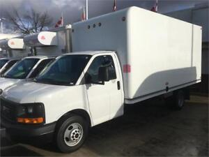 2015 GMC SAVANA 3500 cube truck 16 feet box cutaway