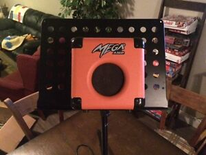 VL10 Mega amp and music stand