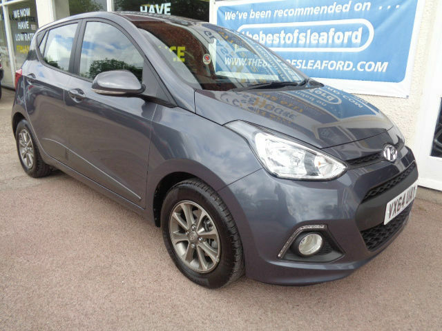 Hyundai i10 1.2 Auto 2014 Premium F/S/H 1 owner from new 2 years warranty P/X