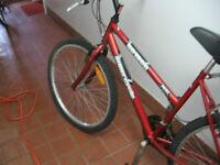 velo supercycle roue de 26 po pour $89.00 négociable