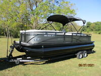 2020 REGENCY 250DL3 W/ 225HP MERCURY, COVER AND TRAILER INCLUDED*****OBO****