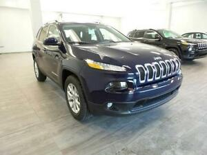 2016 Jeep Cherokee North MUST GO V6 BTOOTH Satellite $181 bi/w