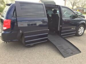 2014 Dodge Grand Caravan Braun Companion Wheelchair Accessible