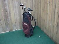 Men's Right Hand Golf sets Deep Red Wilson with Wilson Bag