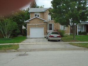 Waterdown Executive $1687  Detached IMMED