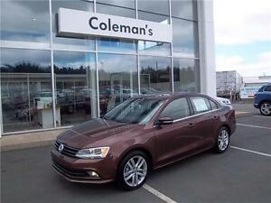 2016 Volkswagen Jetta Highline 0% for 84 + 4Yrs Service + 2K Off