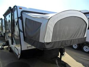 2016 18 FT JAYCO JAY FEATHER ULT X17Z LITE TRAVEL TRAILER