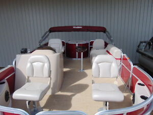 Fall Clear out Pricing 5th wheel Friendly Pontoon Boat