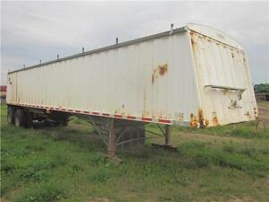 1995 Lode King Tandem Axle Grain Trailer