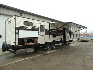 30' Bunkhouse Trailer. Finance for $200/month Kitchener / Waterloo Kitchener Area image 1