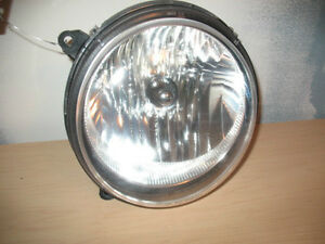 JEEP LIBERTY PHARE HEADLIGHT HEADLAMP LUMIÈRE LAMP LIGHT