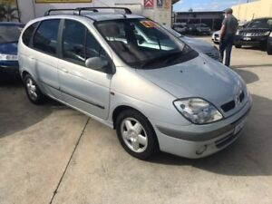 2004 Renault Scenic J64 MY03 Dynamique Silver 5 Speed Manual Hatchback St James Victoria Park Area Preview