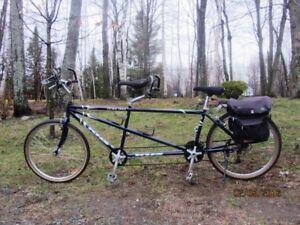 vélo tandem hybride KHS en bonne condition, sacoches incluses