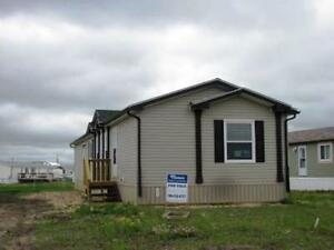 #4811 - Newer Mobile Home in Clairmont $1500 Avail. Apr 15th
