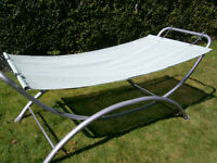 HEAVY DUTY GARDEN HAMMOCK / sunbed lounger - GOOD CONDITION